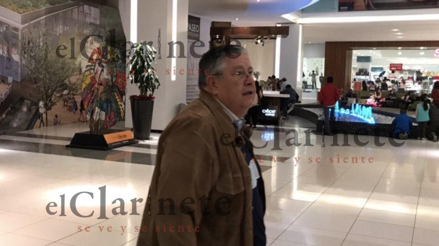 """""""Aparece"""" Raúl Cuadra en centro comercial del Estado de México"""