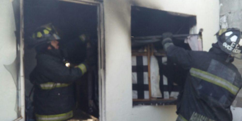 Se registra incendio en domicilio de San Francisco de los Romo