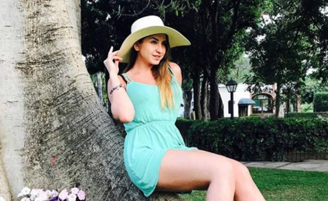 """""""La Reata"""" luce su trasero en Instagram"""
