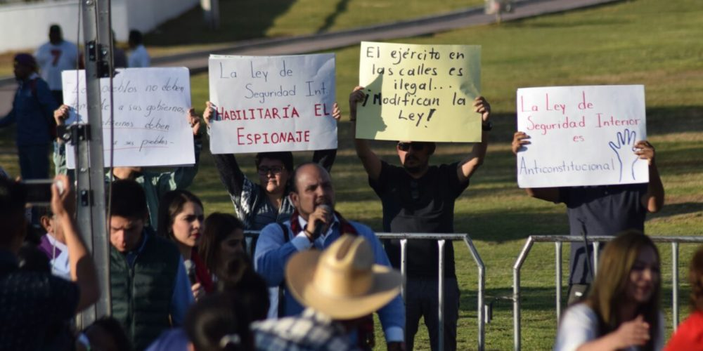 Se manifiestan contra Meade en Aguascalientes