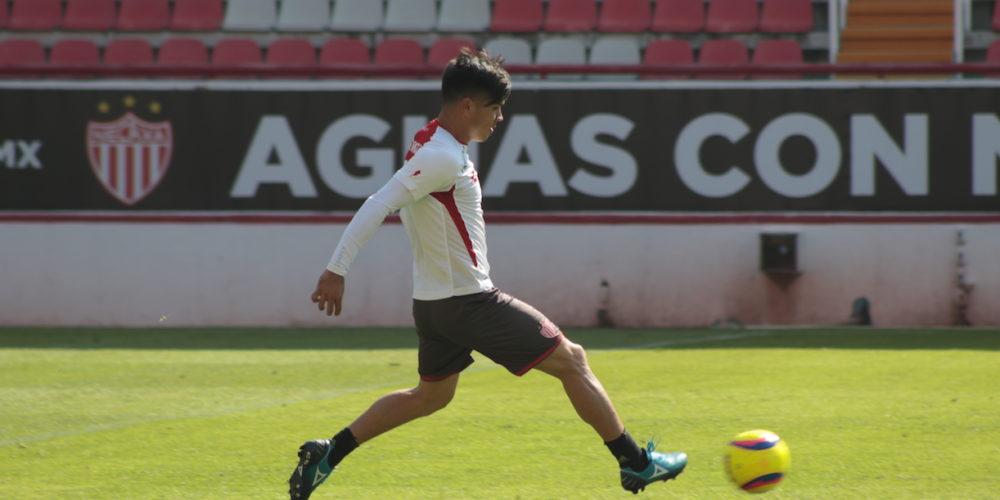 Estoy trabajando para hacer goles y ayudar al equipo: Martín Barragán