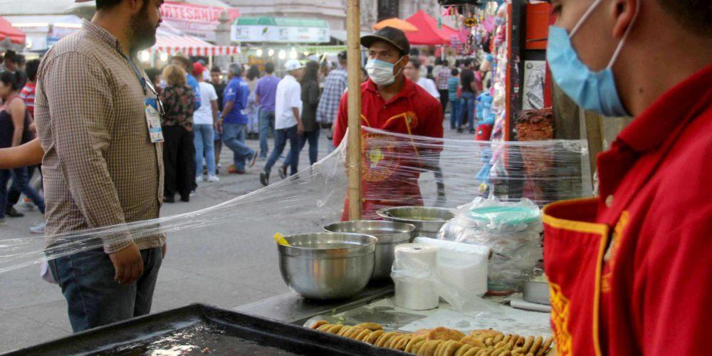 Inician reembolsos para comerciantes que rentaron espacios en la FNSM 2020