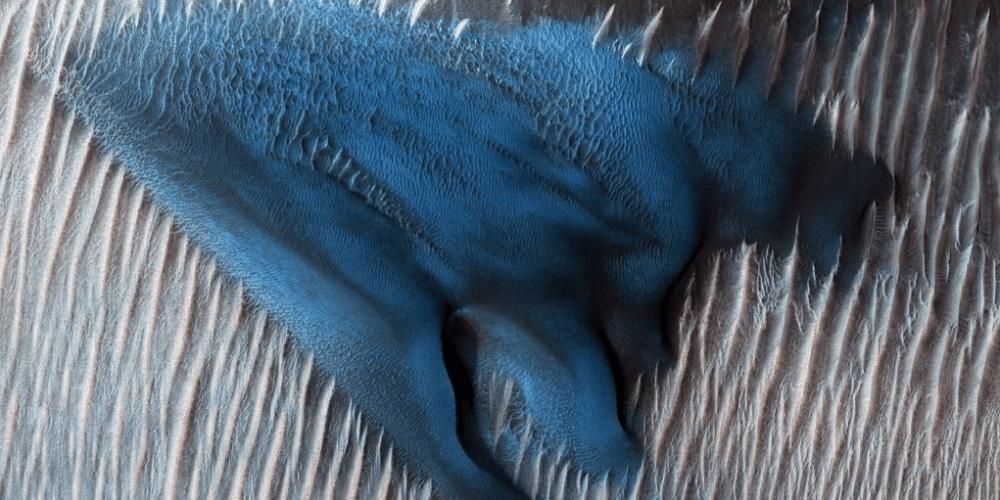 Hallan una duna azul en Marte, el 'Planeta Rojo'