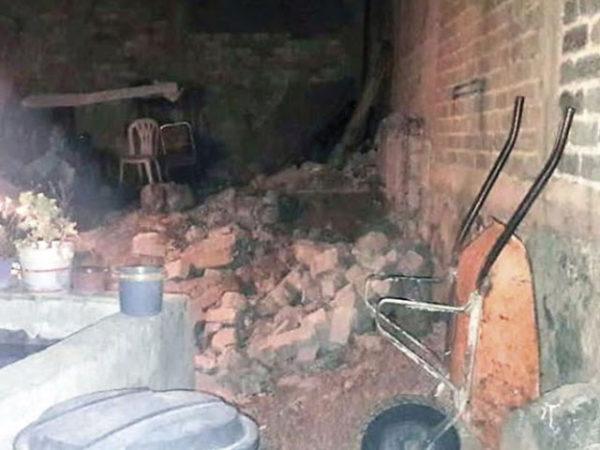 Creía que su madre lo abandonó, pero al remodelar su casa la encontró en medio de una pared