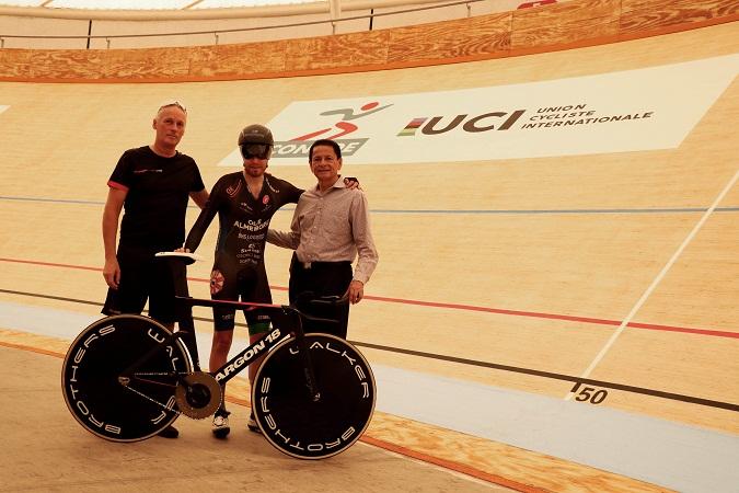 Ciclista danés buscará romper récord internacional en Aguascalientes