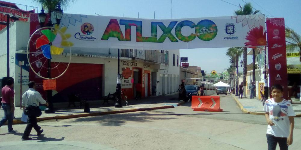 Municipio invitado de la feria de los Chicahuales abandonó su stand