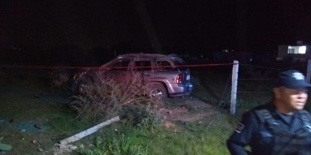 2 muertos y 2 heridos dejó volcadura en Aguascalientes