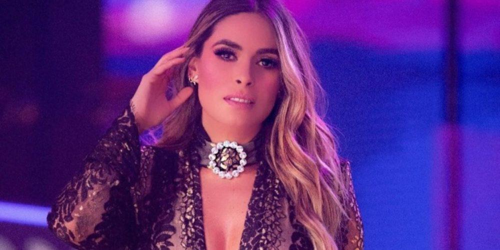 """Galilea Montijo sufre vergonzosa caída durante la transmisión de """"Hoy"""""""