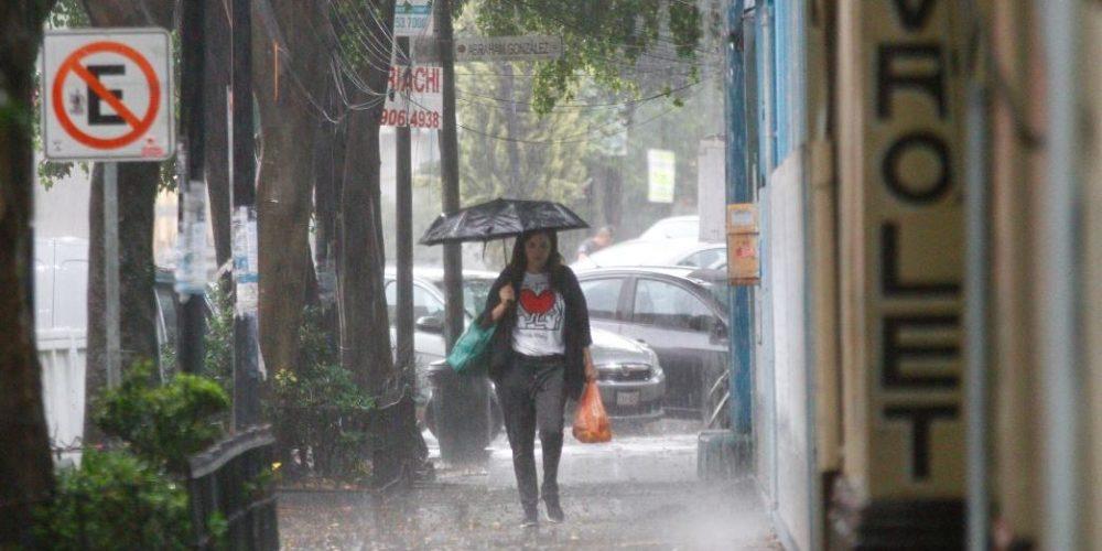 Onda tropical 15 y aire inestable ocasionarán lluvias en todo el país