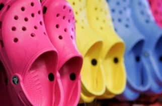 Crocs cerrará sus plantas en México e Italia