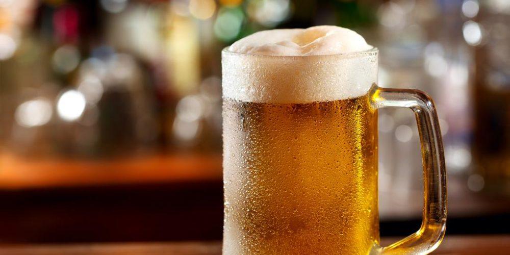 Hombre con la capacidad de producir cerveza con su cuerpo