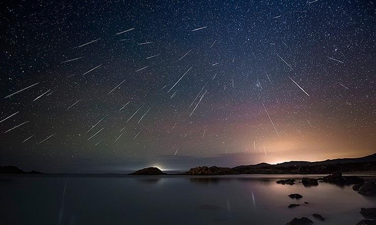 Los restos del cometa Halley se verán desde México este jueves