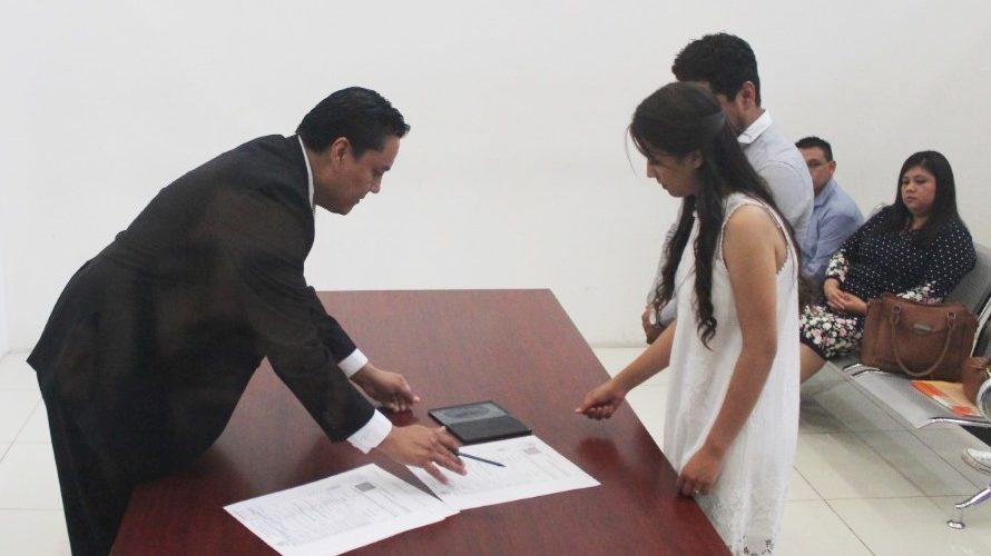 Por Covid-19 van a la baja matrimonios civiles en Aguascalientes