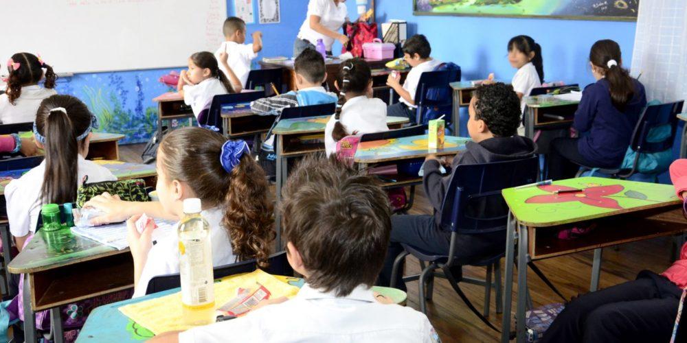 Son varios los maestros en Calvillo que deben viajar para dar clases presenciales