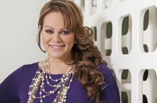 Familia de Jenni Rivera pide frenar rumores que la señalan con vida