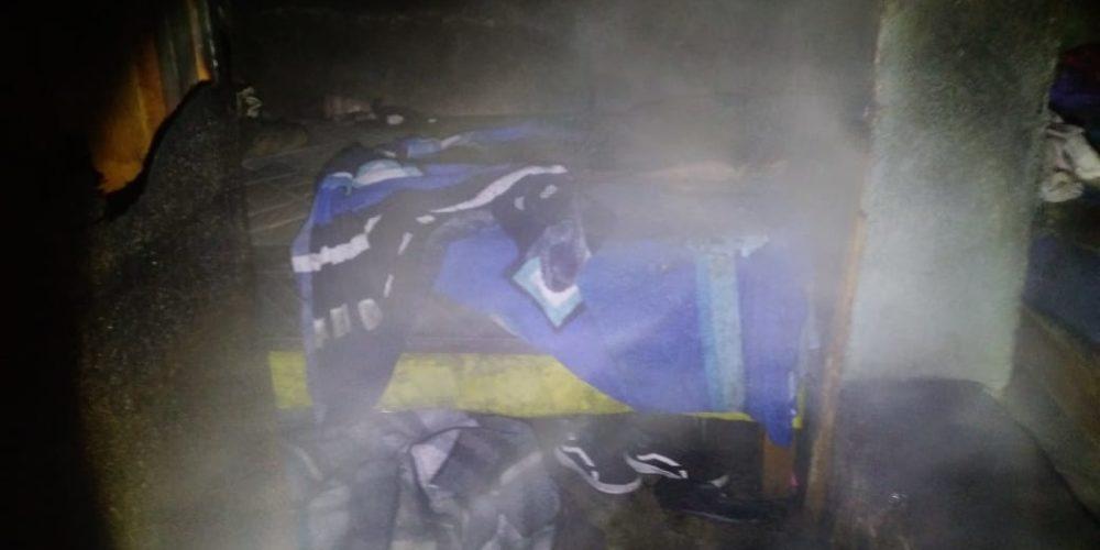 Incendio deja 2 muertos y 4 heridos en Pabellón de Arteaga