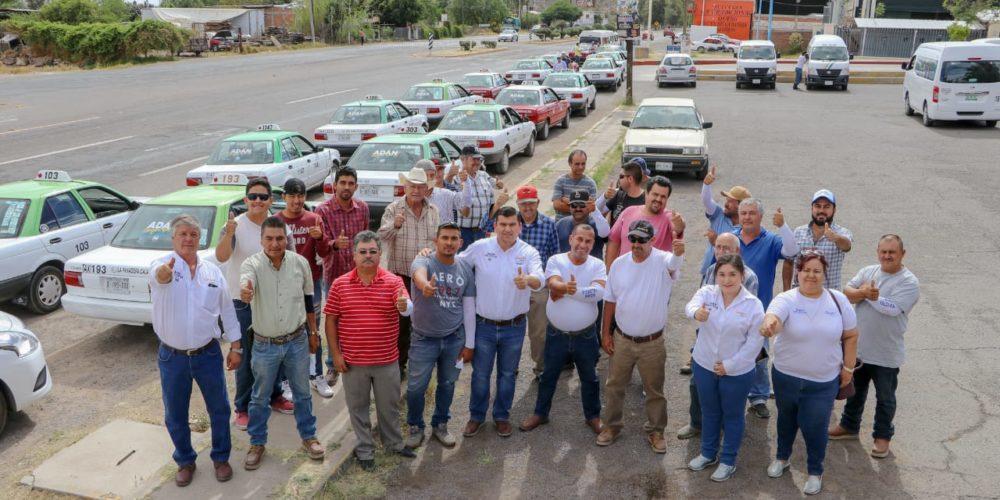 Apoyará Adán Valdivia a taxistas de Calvillo