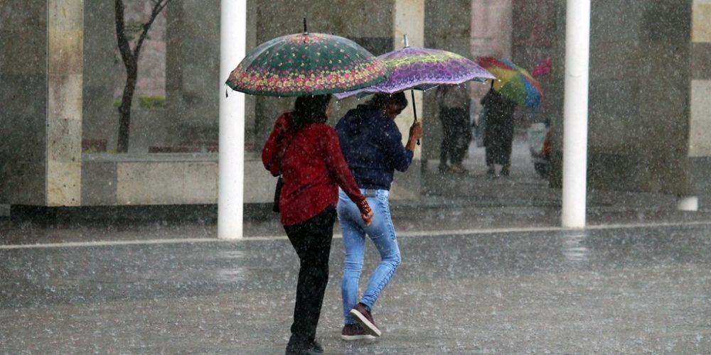 Viernes lluvioso en Aguascalientes