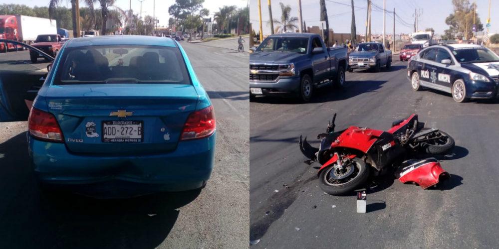 """Automovilista da vuelta en """"U"""" sin precaución y arrolla a motociclista en Aguascalientes"""