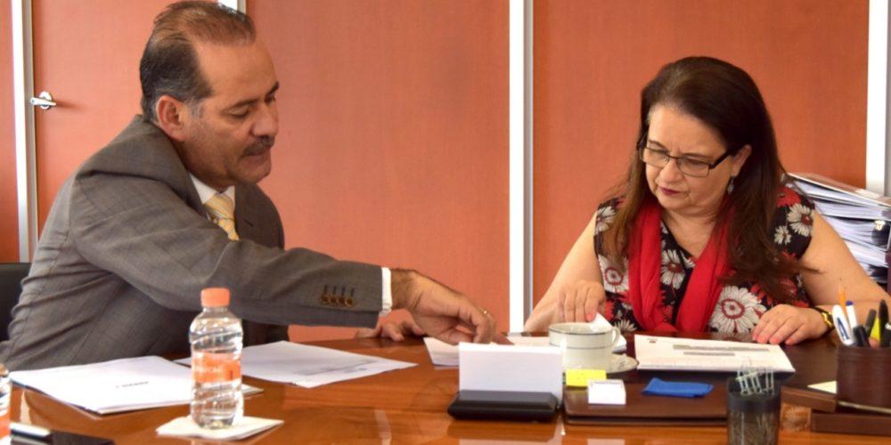 Martín Orozco gestiona 200 mdp para concluir el Hospital de Pabellón de Arteaga