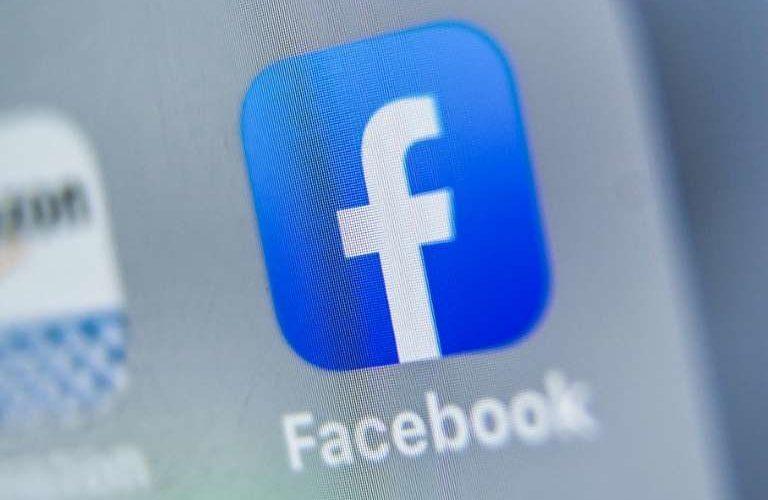 "Analizan ocultar ""likes"" en Facebook"
