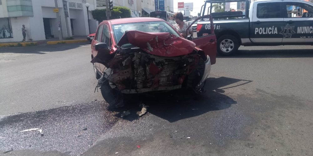Saldo de un lesionado deja accidente de Aguascalientes