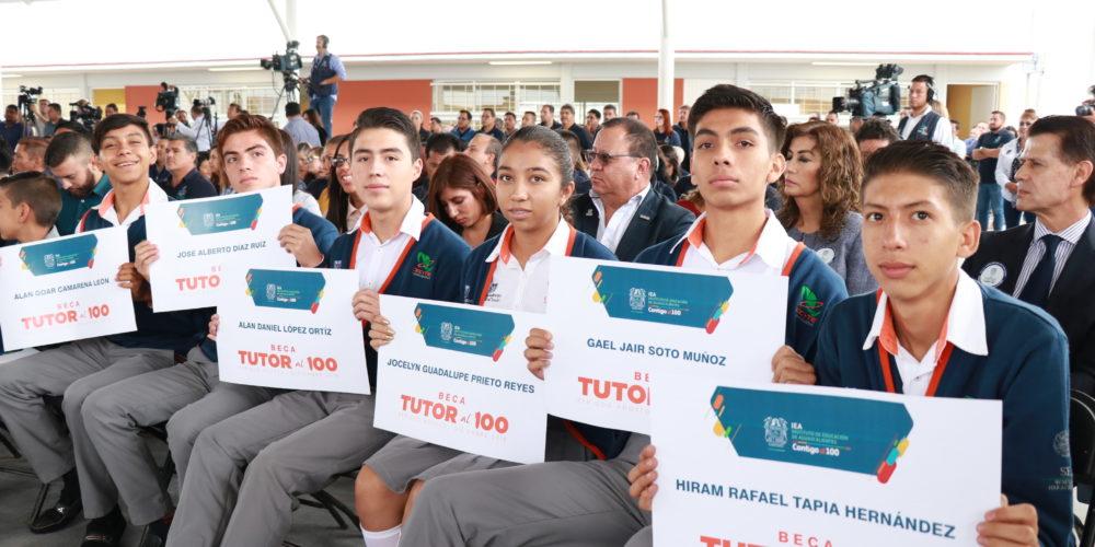 Promete IEA pagar a beneficiarios de becas en Aguascalientes