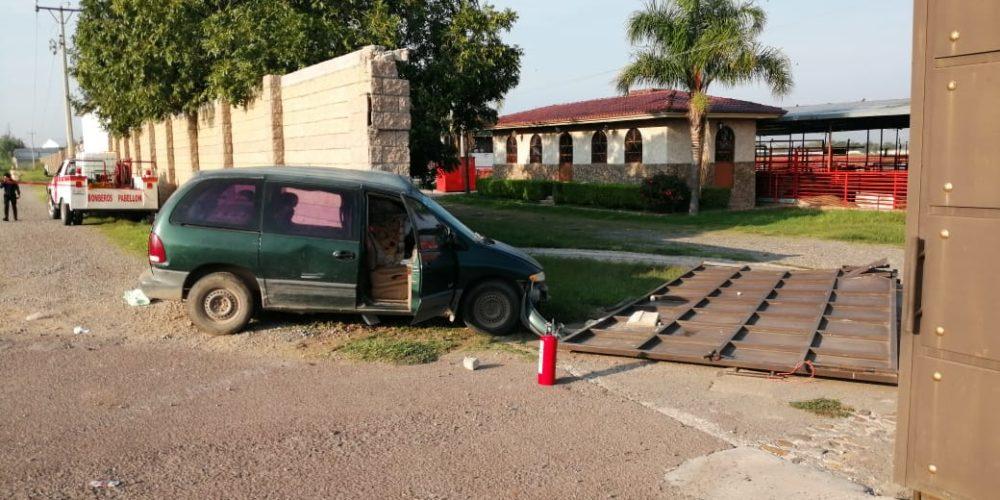 Fallece mujer embarazada al chocar su vehículo en Aguascalientes