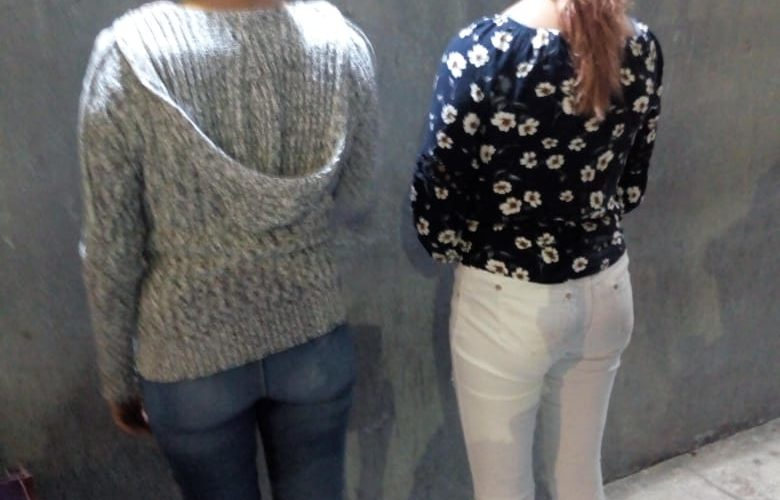 Mujeres se dieron un 'tirito' en Las Huertas