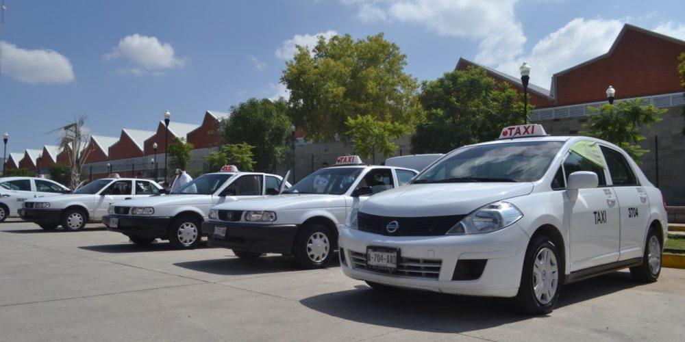 Que concesiones se otorguen a verdaderos taxistas, pide gremio de Aguascalientes