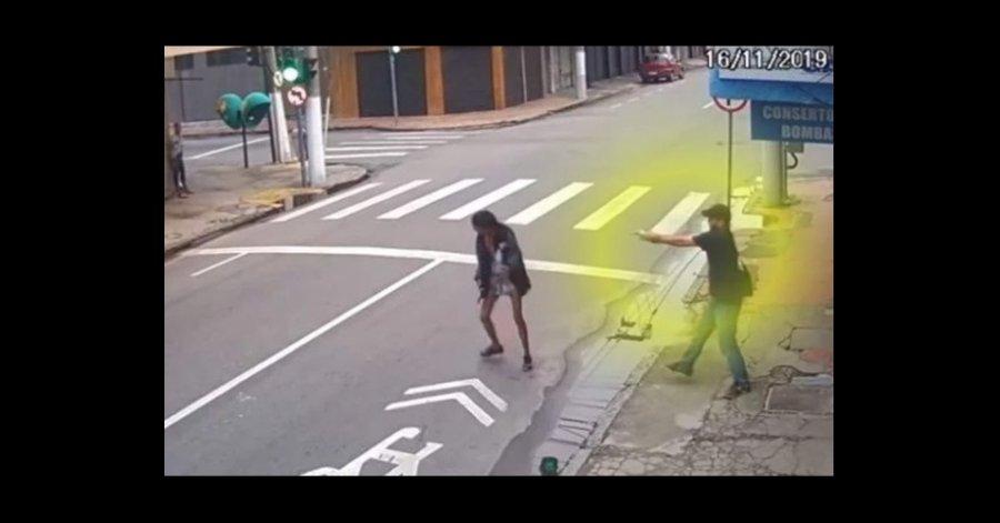 Mujer indigente le pidió dinero a un hombre y él la mató