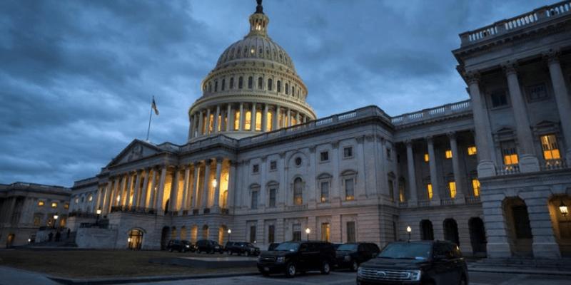 Cierran el Capitolio y la Casa Blanca ante presencia de aeronave no autorizada