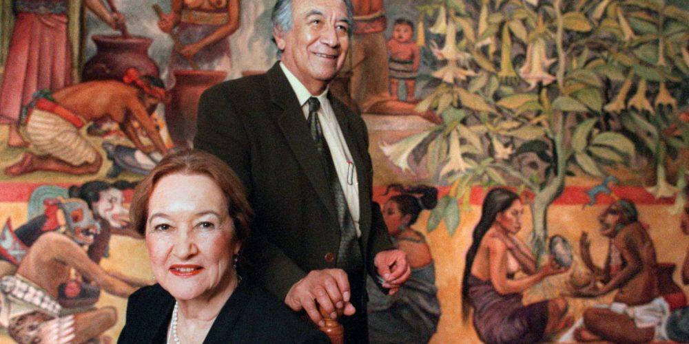 Rina Lazo: la muralista que saca el esplendor del arte indígena mexicano