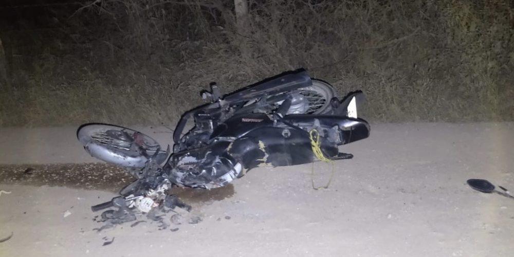 Muere adolescente de 13 años al chocar en su moto vs trailer en Aguascalientes