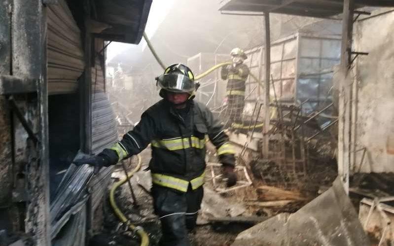 Incendio en el mercado de La Merced deja 2 fallecidos y 890 comerciantes afectados