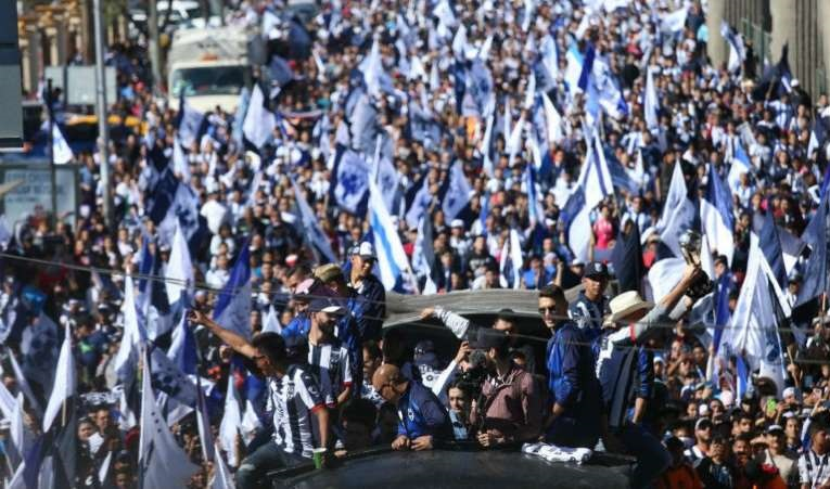 Rayados celebra con la afición su quinto título