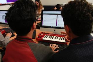 Investigador de la UAA se enfoca en empatía del docente de música y el alumno