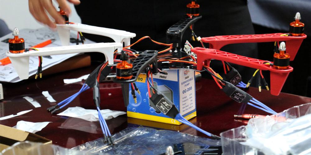 "Universitarios construirán un dron para competir en programa ""Games of the drones"""