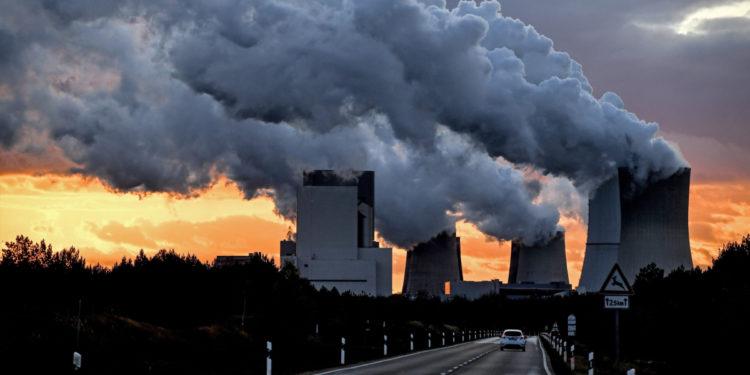 La contaminación aumenta el riesgo de morir por coronavirus