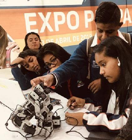 Brindan taller de robótica a estudiantes de preparatoria en Aguascalientes