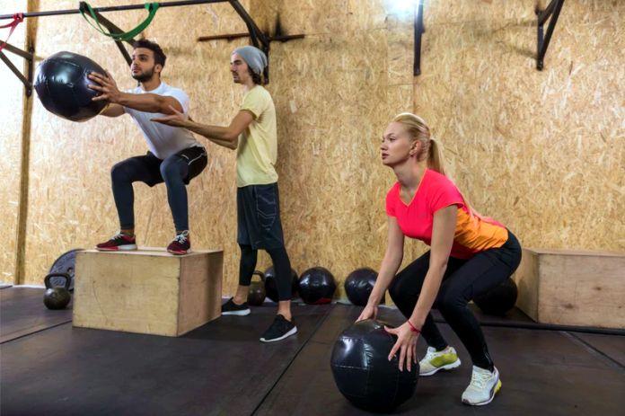 Los beneficios y riesgos del CrossFit en tu salud