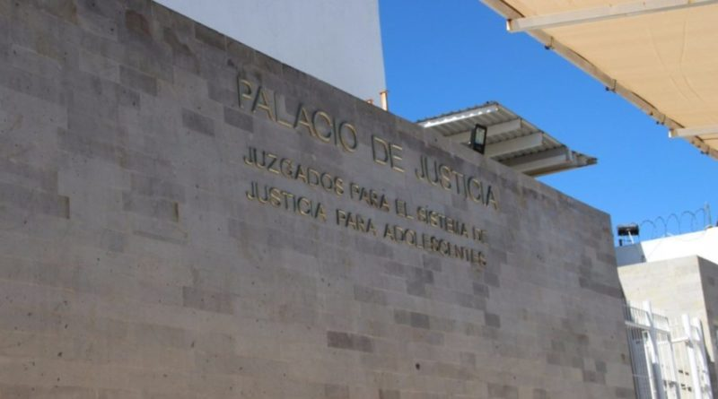 Mandan a la cárcel a adolescente por violador en Aguascalientes
