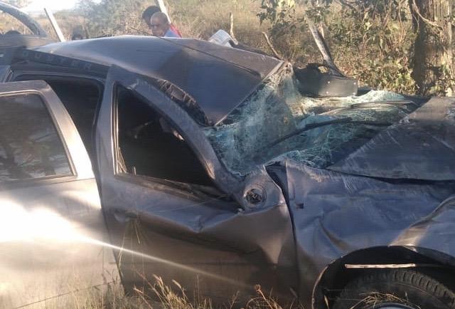 Volcadura en Aguascalientes deja 1 muerto y dos heridos