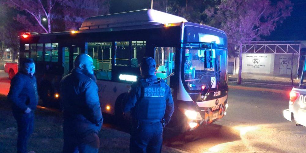Asaltan a mano armada a chófer de camión urbano en Aguascalientes