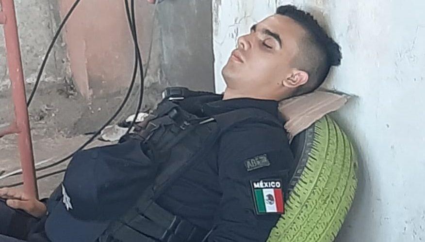 Denuncian a policía municipal que estaba dormido en módulo de seguridad