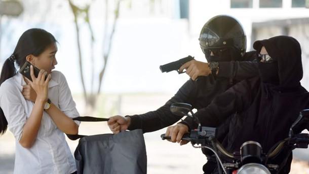Asaltan a ama de casa en Real de Haciendas y le quitan 50 mil pesos