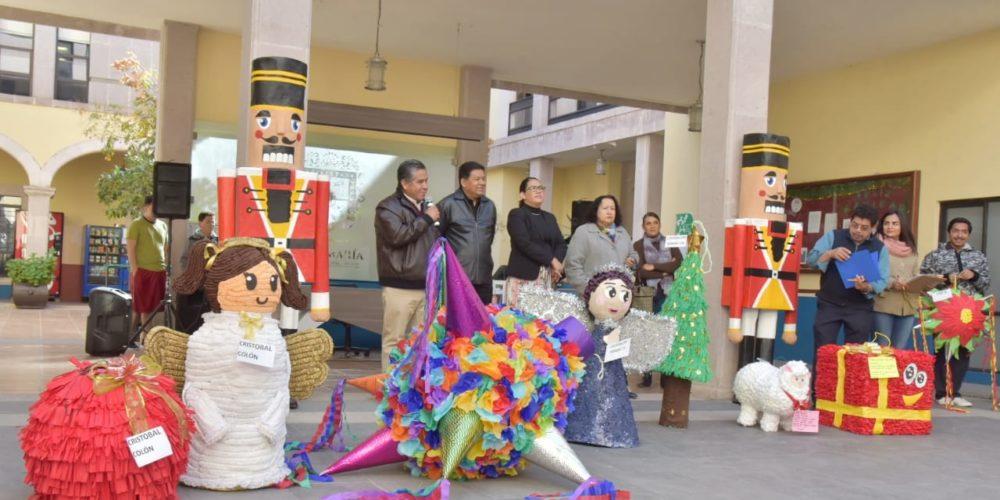Jesús María realiza concurso de piñatas navideñas
