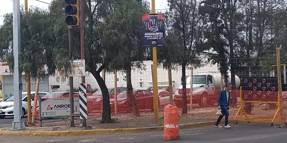 Sin decir ¡Agua va! inicia mini distribuidor vial en Las Américas y 2o Anillo