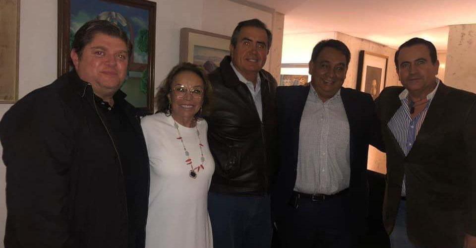 Cobijan expriistas a Elba Esther en Aguascalientes