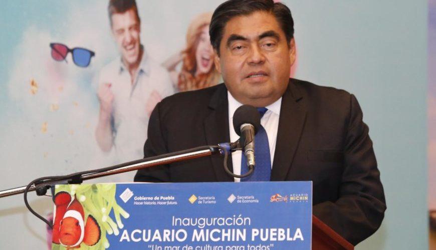 Puebla crea y aumenta impuestos a propuesta de Barbosa